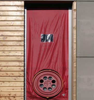 Beispiel Blower Door Test